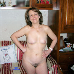 Daniela - Nude Wives, Brunette, Mature, European And/or Ethnic, Bush Or Hairy, Amateur