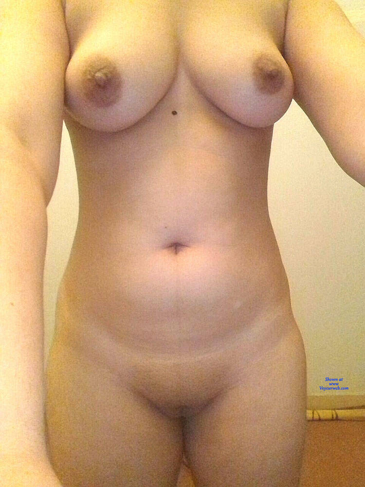 Pic #1 My Girlfriend Ayesha - Nude Girlfriends, Shaved, Amateur