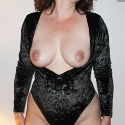 Velvet  - Big Tits, Shaved, Amateur