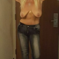 Large tits of my wife - Sexy59