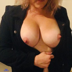 Shooting Pool! - Big Tits, Mature, Wife/Wives, Amateur