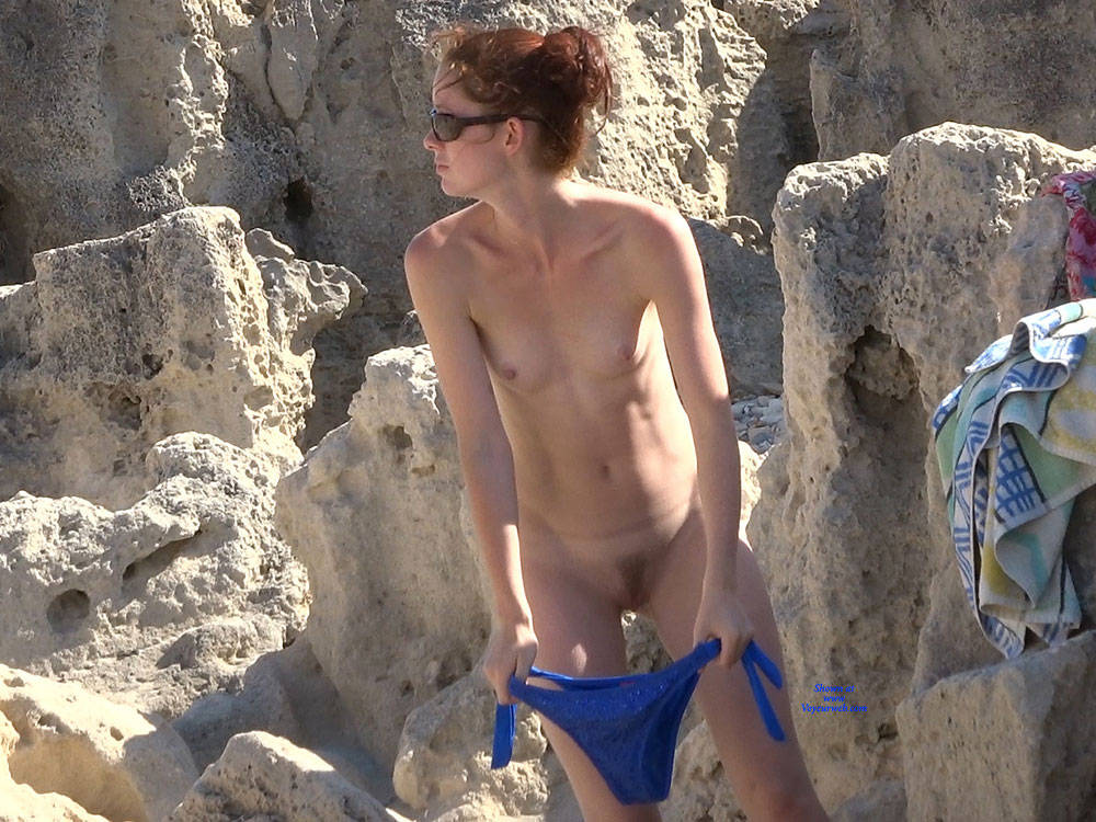 Pic #2 Last From Twins - Nude Girls, Beach, Outdoors, Small Tits, Bush Or Hairy, Beach Voyeur