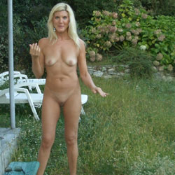 The Nymph Of The Gardens - Nude Girls, Blonde, High Heels Amateurs, Shaved