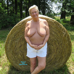 DJ Outdoors - Topless Amateurs, Big Tits, Mature, Outdoors, Granny