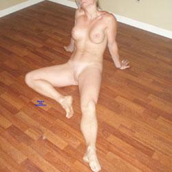 Renovating Fun - Nude Wives, Amateur