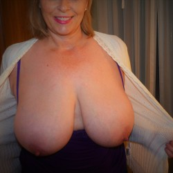 Very large tits of my wife - SuzieB