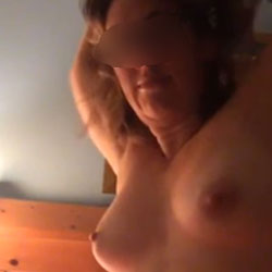 Flashing Tits On Facetime - Topless Wives, Big Tits, Amateur