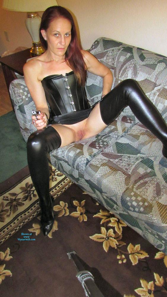 Pic #7 Mistress Brie - Pantieless Girls, High Heels Amateurs, Shaved