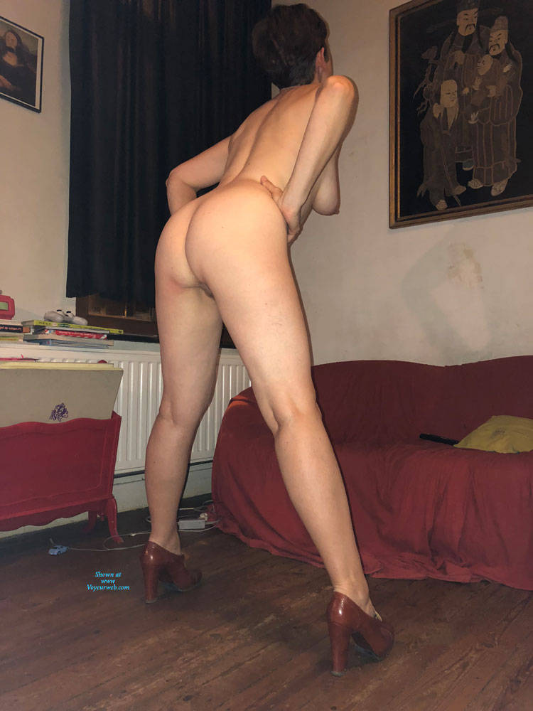 Pic #6 Not Just A Milf - Nude Girls, Big Tits, Brunette, High Heels Amateurs, Bush Or Hairy