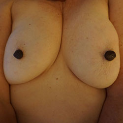 Playing With My Tits - Big Tits, Amateur