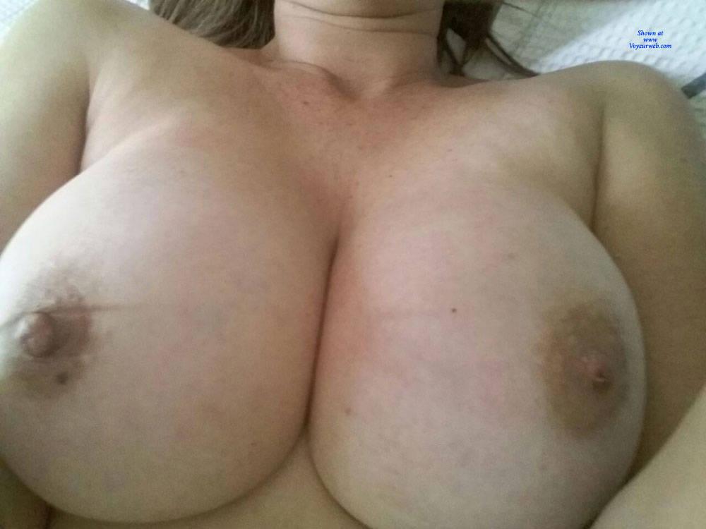 Pic #3 Resting - Big Tits, Amateur