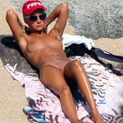 Top Girl Trying Nudism - Nude Girls, Beach, Outdoors, Shaved, Beach Voyeur