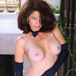 Lilly's Dream - Big Tits, Brunette, Lingerie, Amateur