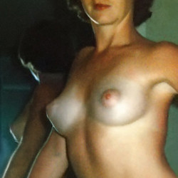 Medium tits of my wife - Wendy