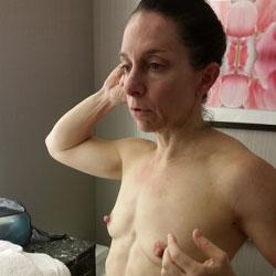 Lisa - Nude Wives, Brunette, Mature, Amateur