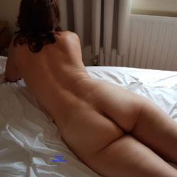 Hel's Ass - Nude Girls, Brunette, Amateur, Mature