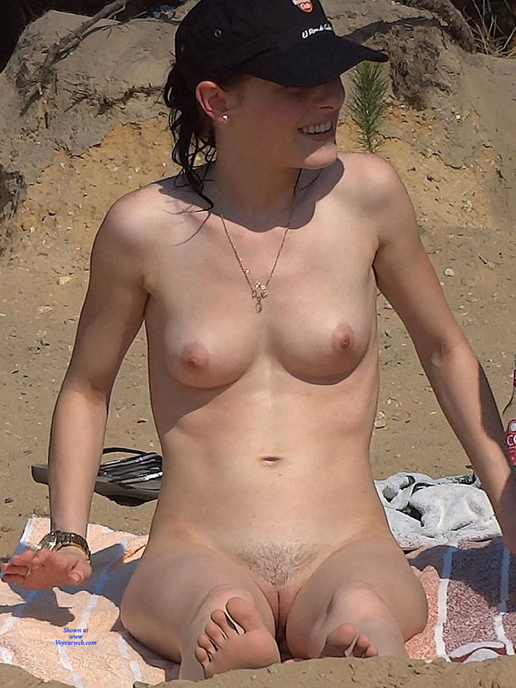 Pic #2 Pine Trees - Nude Girls, Outdoors, Firm Ass, Medium Tits