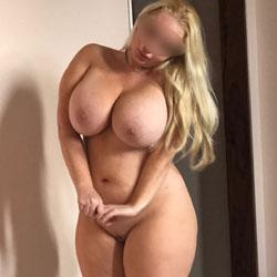 amateur pawg massive tits
