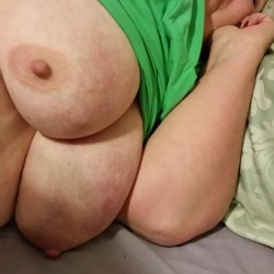 Very large tits of my wife - Gail 66