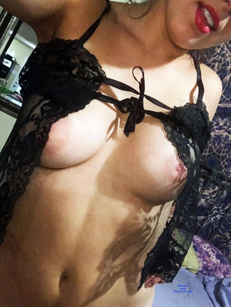Pic #2 My Wife Posing Naked For VW - Nude Wives, Big Tits, Amateur