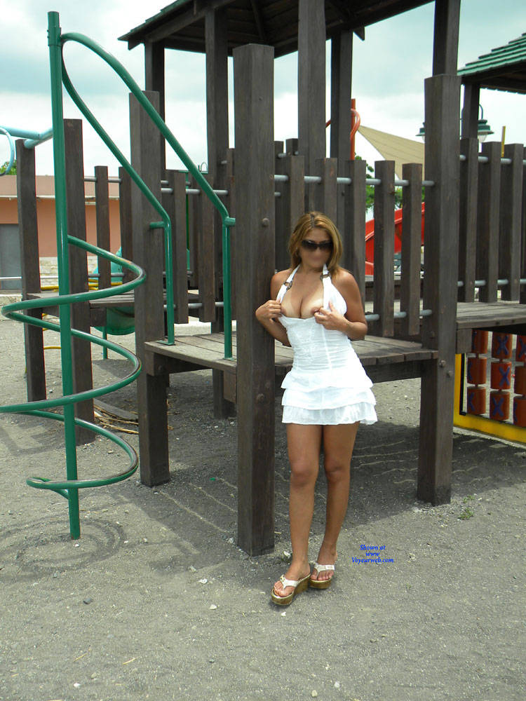 Pic #9 Opening The Legs In The Gazebo - Big Tits, Public Exhibitionist, Flashing, Outdoors, Public Place, Wife/wives, Shaved, Amateur