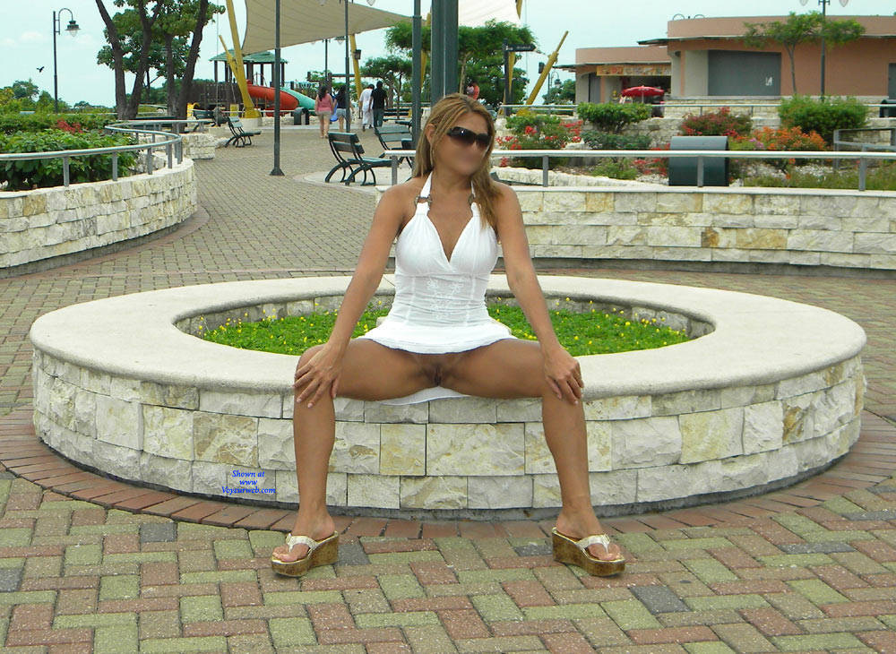 Pic #5 Opening The Legs In The Gazebo - Big Tits, Public Exhibitionist, Flashing, Outdoors, Public Place, Wife/wives, Shaved, Amateur