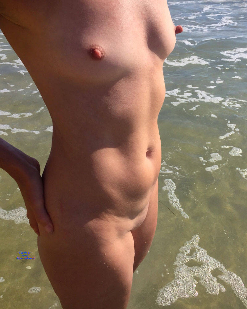 Pic #5 Nirvana Exposed - Nude Girls, Beach, Outdoors, Shaved, Amateur