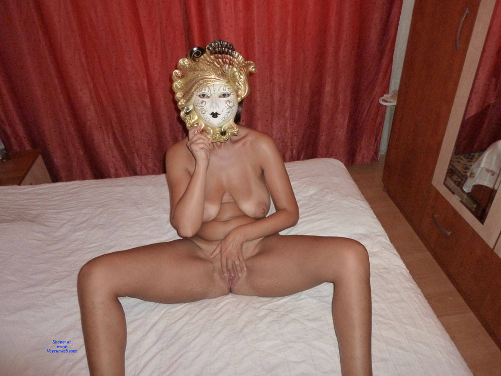 naked wife in mask