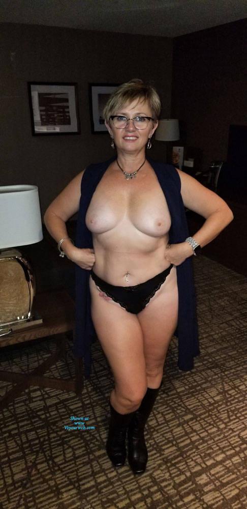 Nude plump mature women