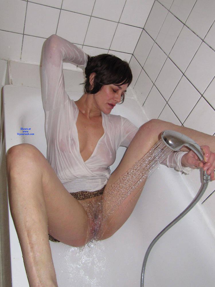 Pic #6 Bathroom - Big Tits, Brunette, Bush Or Hairy, Amateur