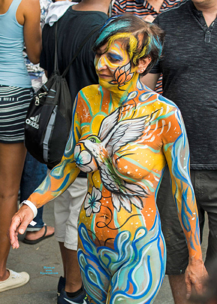 Pic #10 Body Painting - New York City On A July Saturday - Nude Girls, Big Tits, Brunette, Outdoors, Public Place