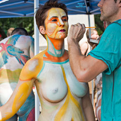Body Painting - New York City On A July Saturday - Nude Girls, Big Tits, Brunette, Outdoors, Public Place