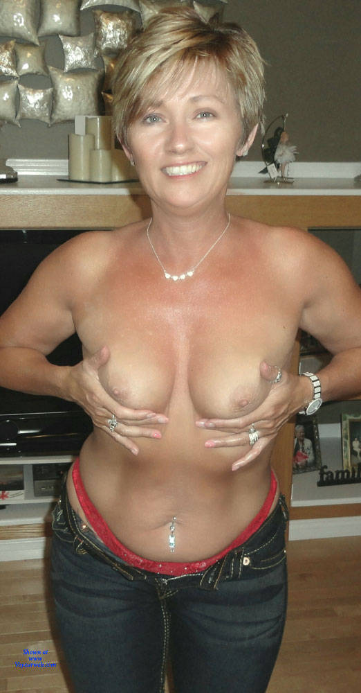 Milf wife pictures with hot nude wives