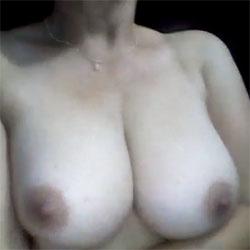 La Gocha Mary de Valera - Nude Girls, Big Tits, Brunette, Amateur