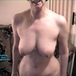 Sand Tits - Topless Wives, Big Tits, Mature, Amateur