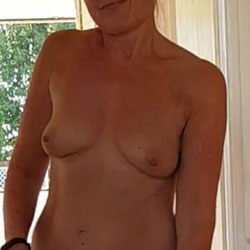 Tribute My Wife Please - Nude Wives, Mature, Bush Or Hairy, Amateur