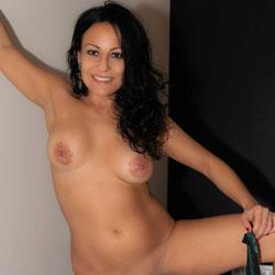 Elsa!!! Some Fun I - Nude Girls, Big Tits, Brunette, Shaved, Amateur