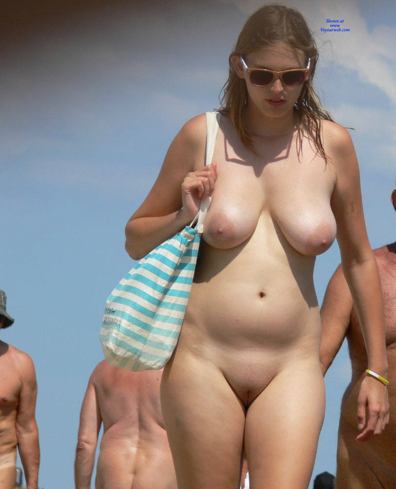 Nude Teen Beach Fake Tits - Xxx Photo-1619