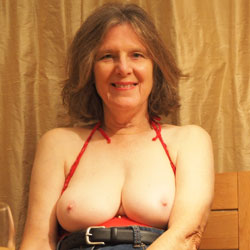 Dressing For Dinner - Big Tits, Brunette, Mature, Amateur
