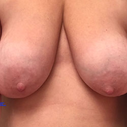 Nice Big Tits! - Big Tits, Amateur