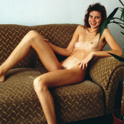 Bettina From Hannover Nude - Nude Girls, Brunette, Bush Or Hairy, Amateur