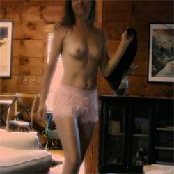 Dance - Topless Girls, Brunette, Amateur
