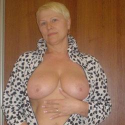 Tatjana Nurse - Big Tits, Blonde, Mature, Amateur