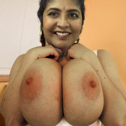 Extremely large tits of a neighbor - Big tits indian milf