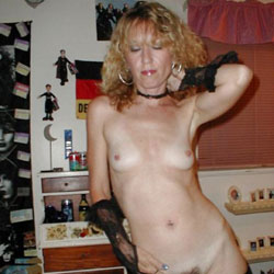 Sexy Lady Wants To Be Seen!! - Lingerie, Bush Or Hairy, Amateur, Medium Tits