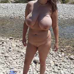 Huge Tits At The River - Nude Girlfriends, Big Tits, Outdoors, Shaved, Amateur
