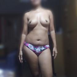 Medium tits of my wife - Resha