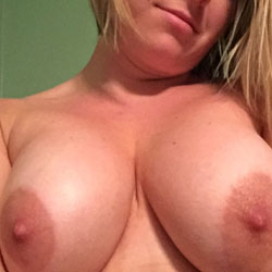 Sexy Wife - Nude Wives, Big Tits, Amateur