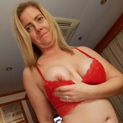 Having Some Fun - Big Tits, Blonde, Lingerie, Amateur