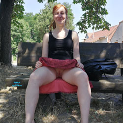 Can Pussy upskirt And